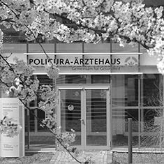images/Galerien/05-Unternehmen/05-Geschichte/Geschichte-2008-Policura-Aerztehaus-MVZ_235x235.jpg